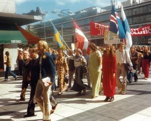 Jesusmarsch under nordiska Jesusfestivalen 1974 i Stockholm. Foto: Jan-Gunnar Jansson.